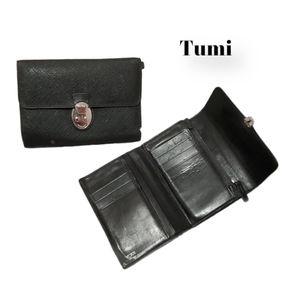 Tumi continental Textured Leather bi fold wallet